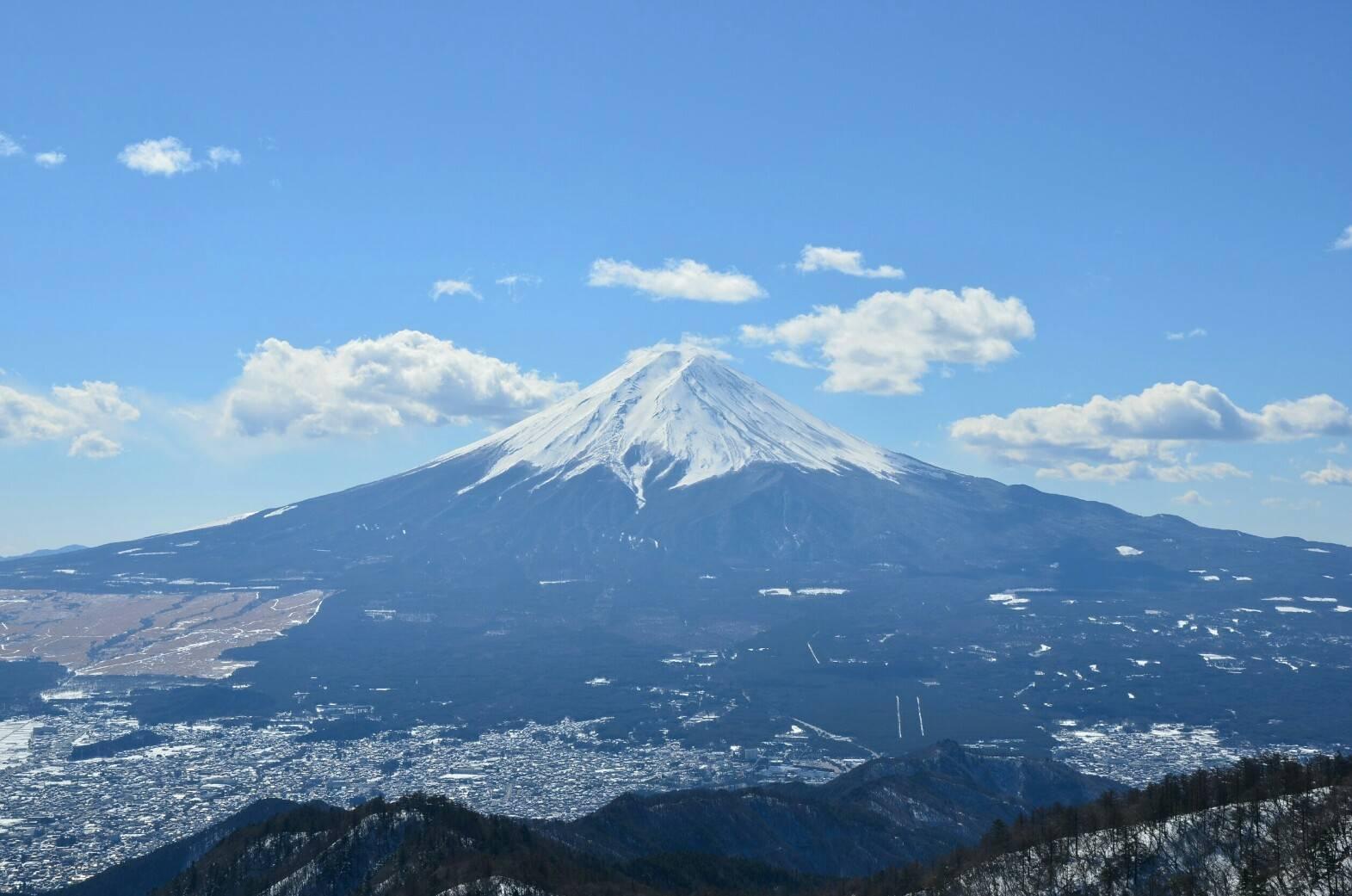三つ峠山からの富士山